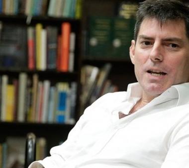 Chris Weitz es el nuevo guionista del primer Spin Off